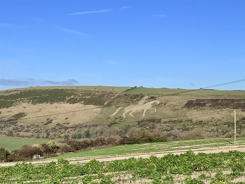 Surrounding Views & Countryside